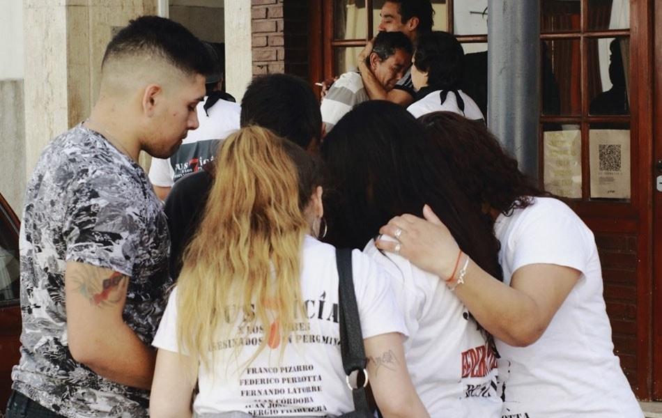Comisaría primera: los 7 jóvenes murieron asfixiados